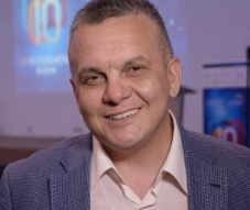 <header>Андрей Тамбовцев</header><p>Основатель Венчурного Акселератора</p>